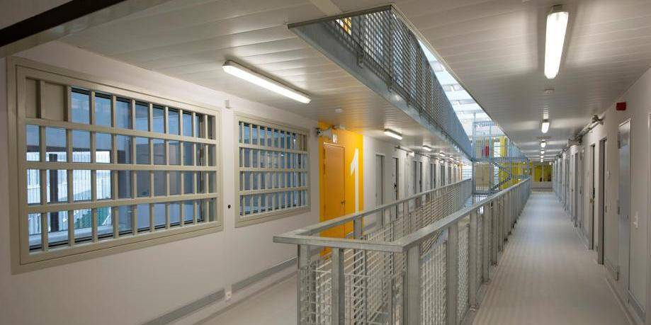 Sept nouvelles prisons et 1.500 places pour endiguer la surpopulation carcérale