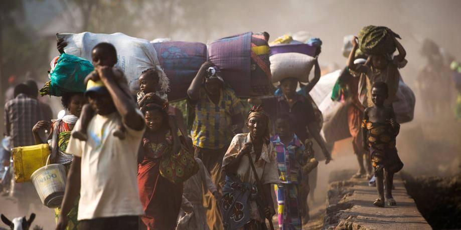 Tirs à l'aéroport, journalistes pris en otage: chaos à Kinshasa