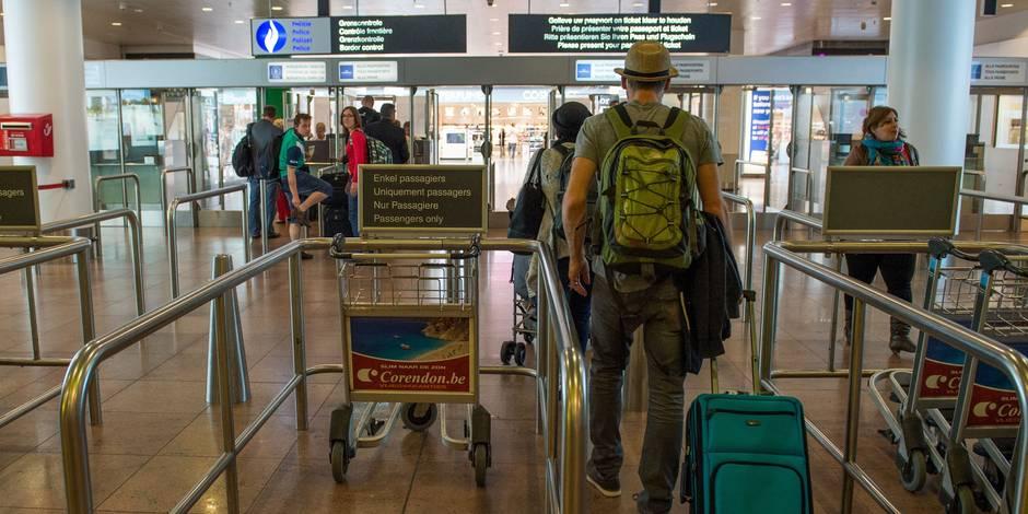 Les trois aéroports de Moscou interdisent tous les liquides en cabine à un mois des JO