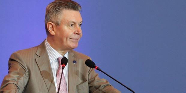 L'inspection des impôts demande au SPF Finances de porter plainte contre De Gucht - La DH