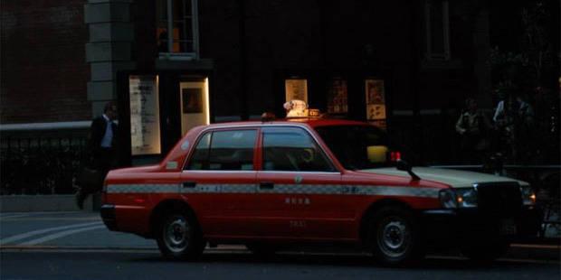 Ce chauffeur de taxi piége ses clientes... en les faisant uriner - La DH