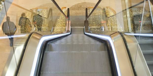 Un homme meurt à la gare de Braine-le-Comte: un pull s'est coincé dans l'escalator - La DH