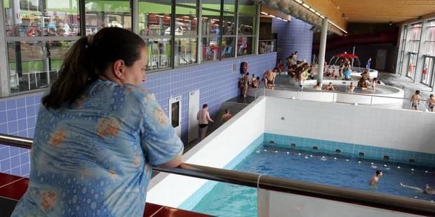 Nageur piscine tout for Piscine la louviere
