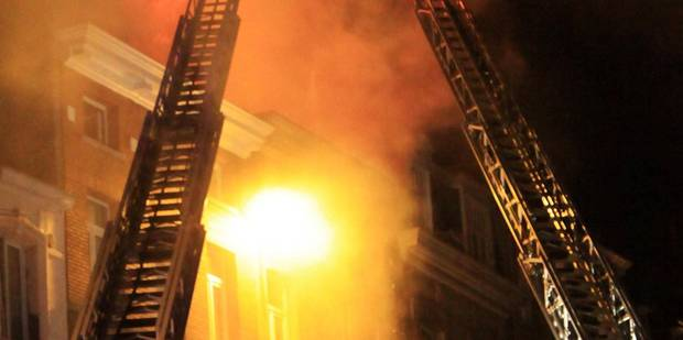 Le pompier met le feu à un garage - La DH