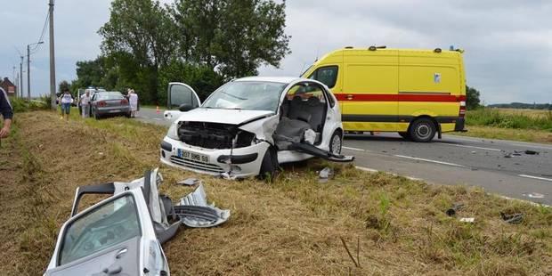 Violente embardée à Chercq: un blessé grave - La DH