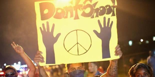 Emeutes � Ferguson: la victime a �t� atteinte d'au moins six balles
