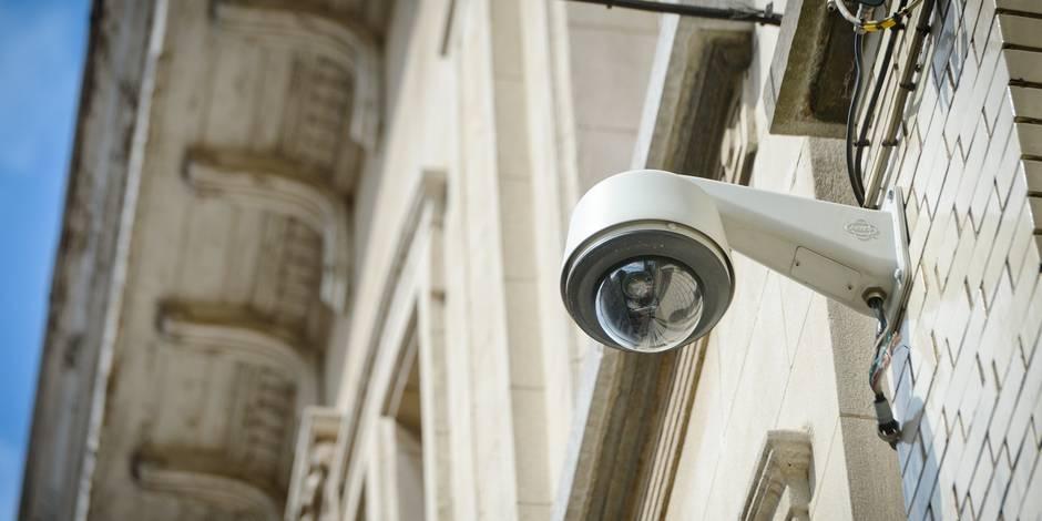 Débat à Liège autour de caméras de surveillance qui pourraient filmer dans les logements
