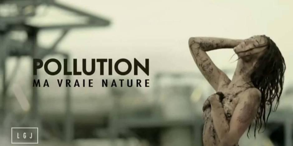 Raphaëlle Dupire nue dans une fausse pub sur Canal + !