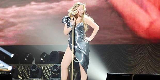 Carey-ment trop courte cette robe en latex - La DH