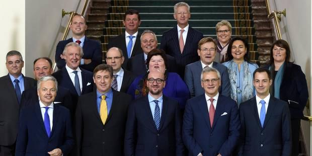 Plus de 9 fonctionnaires fédéraux sur 10 sont sous les ordres de ministres flamands - La DH