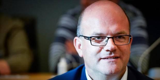 Courard remplace Luperto à la présidence du Parlement de la FWB - La DH