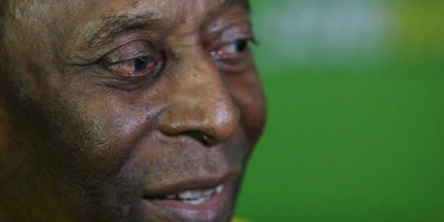 Pelé a été opéré de calculs rénaux