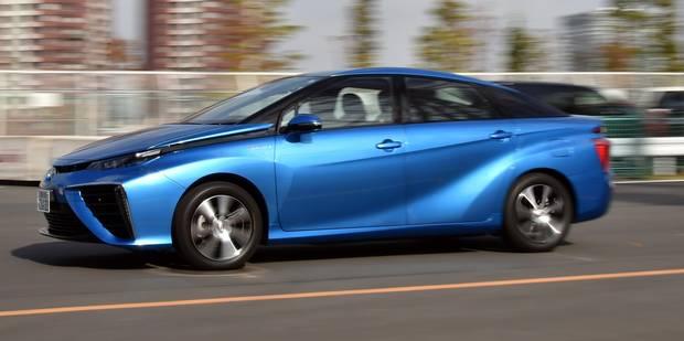 """Toyota lance """"Mirai"""", véhicule du futur roulant à l'hydrogène - La DH"""
