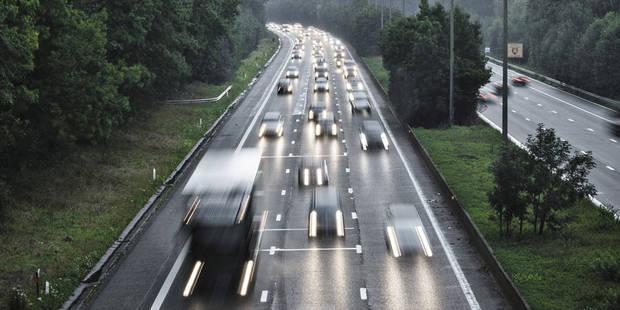 Bande de circulation libérée sur l'E40 en direction de Bruxelles - La DH