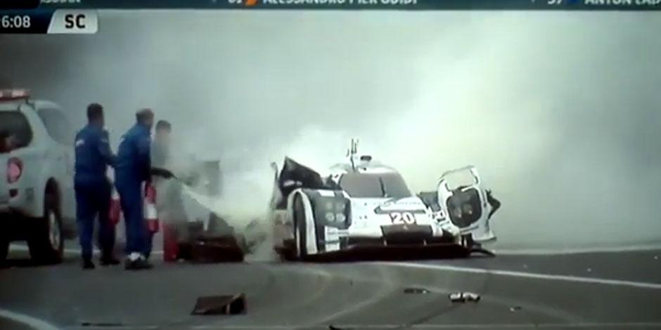 Mark Webber victime d'un grave accident à Sao Paulo (VIDÉO)