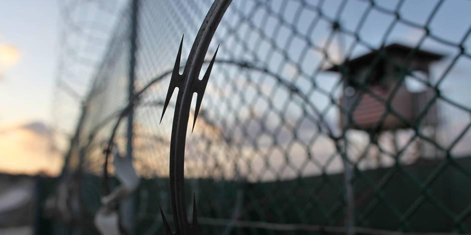 Alimentation par voie rectale, noyade,... Ce qu'ont subi les prisonniers de la CIA