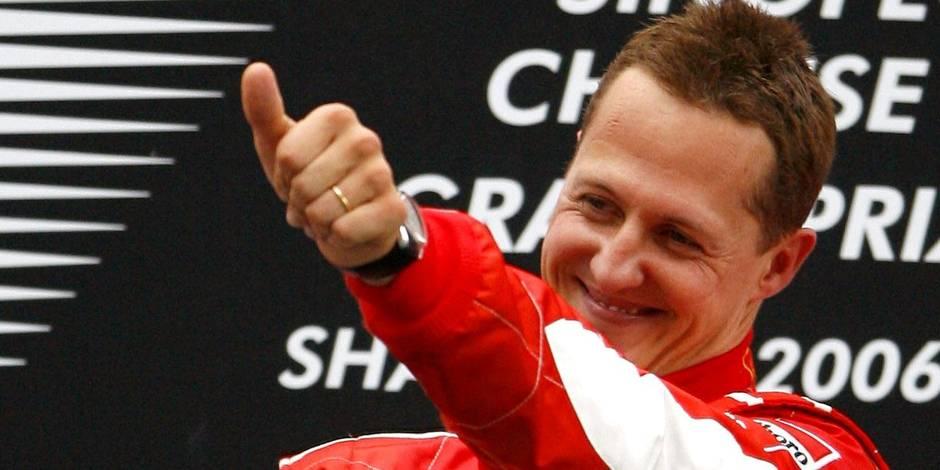 """Un an après son terrible accident, Schumacher """"commence à reconnaître les siens"""""""