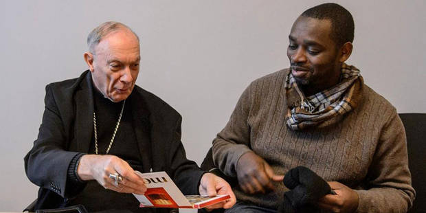 """Monseigneur Léonard reçoit les """"rescapés de Lampedusa"""" - La DH"""