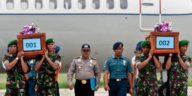 """AirAsia: """"Un maximum d'efforts"""" pour retrouver des victimes - La DH"""