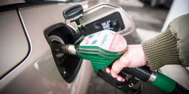 """Chute des prix du carburant: le gouvernement dit """"stop"""" - La DH"""