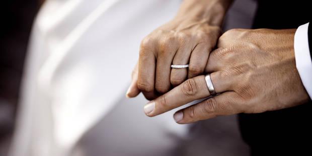 Elle vit une relation amoureuse avec son père, ils souhaitent se marier - La DH