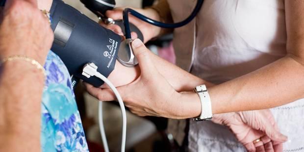Des dizaines de médecins-conseils ont indûment empoché des primes Inami - La DH