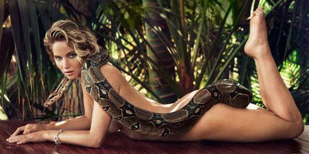 Jennifer Lawrence nue avec un boa pour Vanity Fair