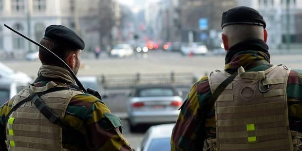 Militaires dans la rue: 635.000 euros pour deux semaines annonce Jambon - La DH