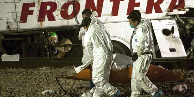 Mexique: 20 morts et 31 blessés dans une collision entre un train et un bus - La DH