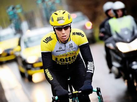 20150226 - BRAKEL, BELGIUM: Belgian Sep Vanmarcke of Team LottoNL-Jumbo pictured in action during a track reconnaissance, Thursday 26 February 2015, ahead of the 'Omloop Het Nieuwsblad', the first cycling race of the season in Belgium on Saturday. BELGA PHOTO YORICK JANSENS