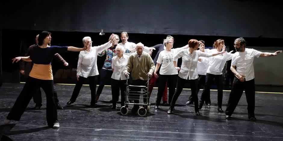 Un ballet dansé par des Parkinsoniens
