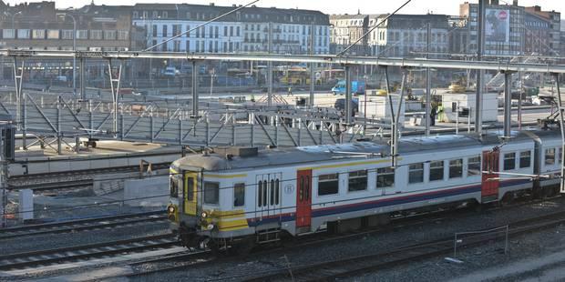 Retards, tranches horaires abandonnés: le nouveau plan SNCB prend cher ! - La DH