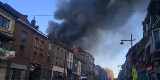 Violent incendie à Binche - La DH