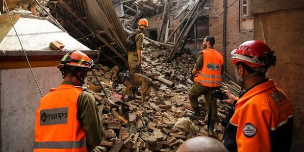 Séisme au Népal: les premières secousses filmées par des caméras de surveillance (VIDEO) - La DH