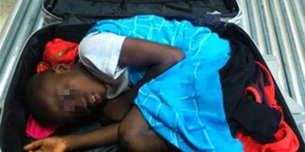 Immigration clandestine: un enfant caché dans une valise - La DH