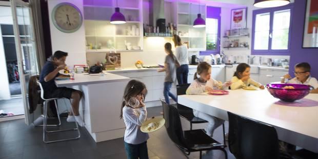 Combien devrait-on être payé quand on élève ses enfants à la maison ? - La DH