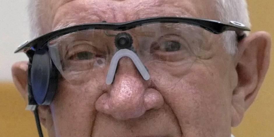 Un homme de 80 ans recouvre la vue et voit... même les yeux fermés