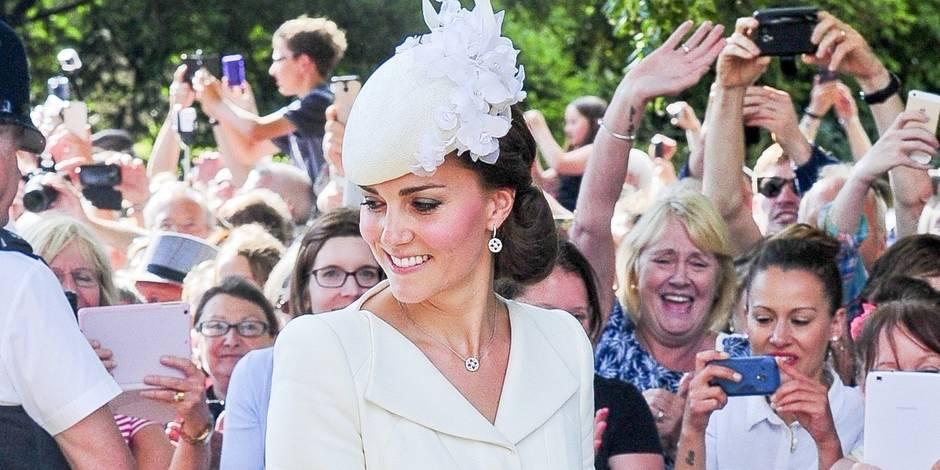Kate Middleton n'est plus la plus stylée et abandonne William à un mariage