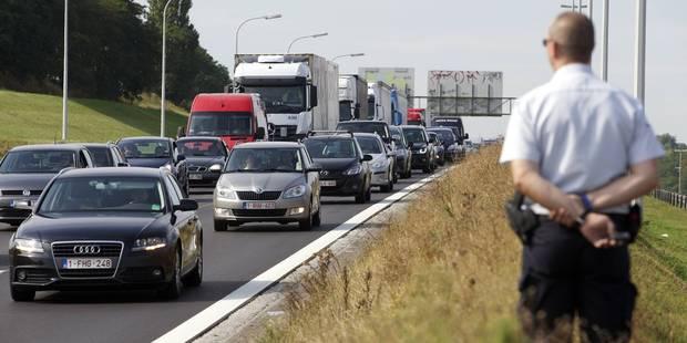 Filmer un accident sur l'autoroute ? C'est 110 euros ! - La DH