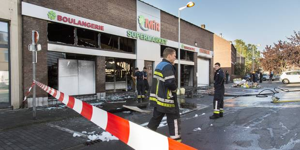Le magasin totalement d�truit dans le quartier Saint-L�onard, � Li�ge.