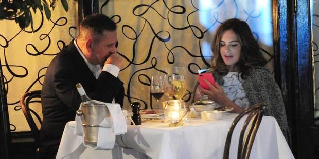 Même éteint, notre smartphone influence nos conversations - La DH