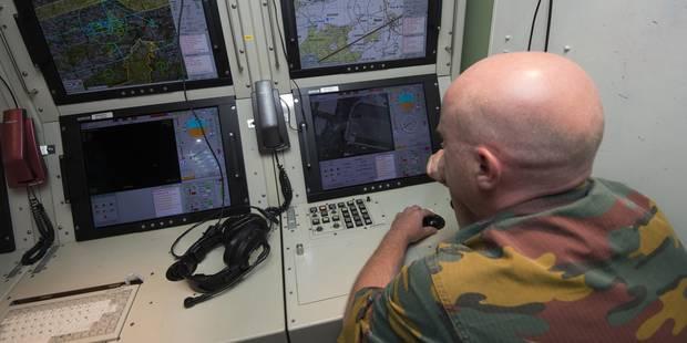 La Défense prévoit de recruter 700 nouveaux militaires en 2016 - La DH