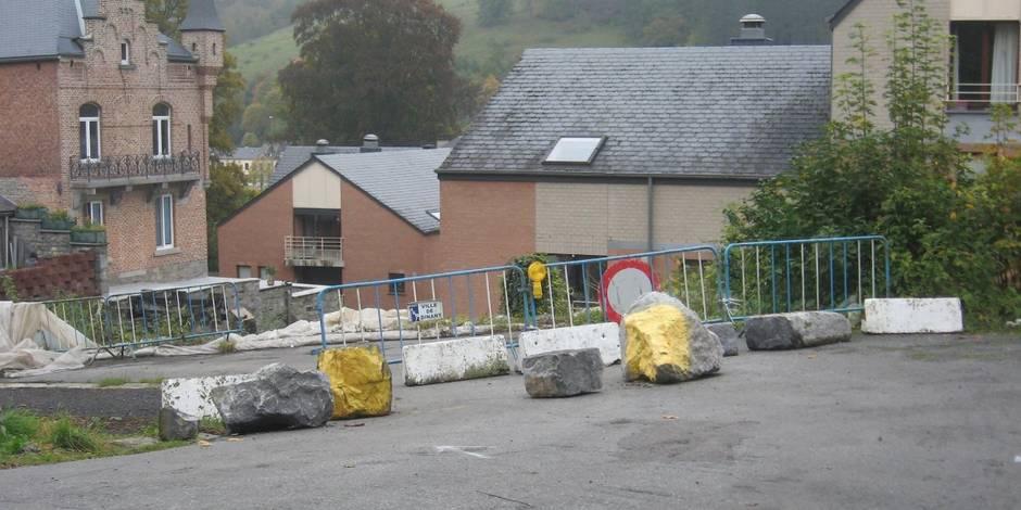 Une rue et un mur effondrés à Bouvignes : enfin le bout du tunnel ?