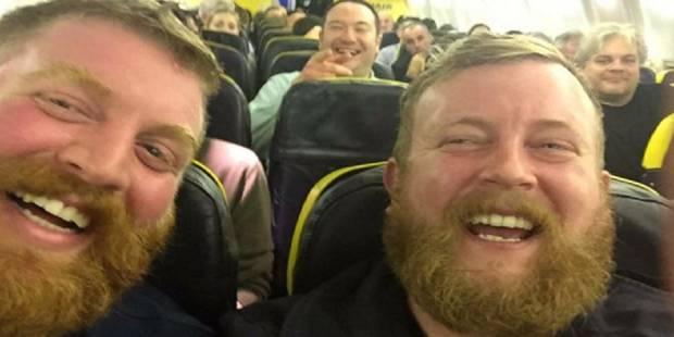 Il tombe nez-à-nez avec lui-même dans un avion (PHOTOS) - La DH