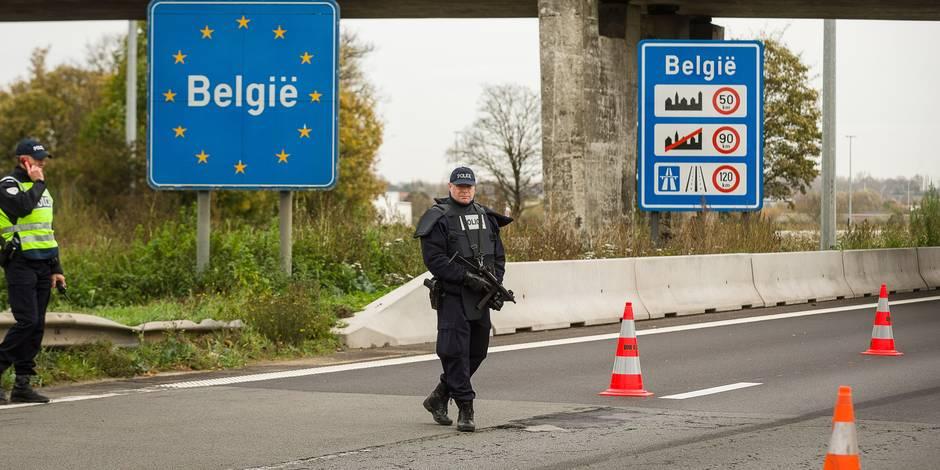 Charles Michel demande d'éviter d'aller à Paris, les polices locales relèvent le niveau de sécurité