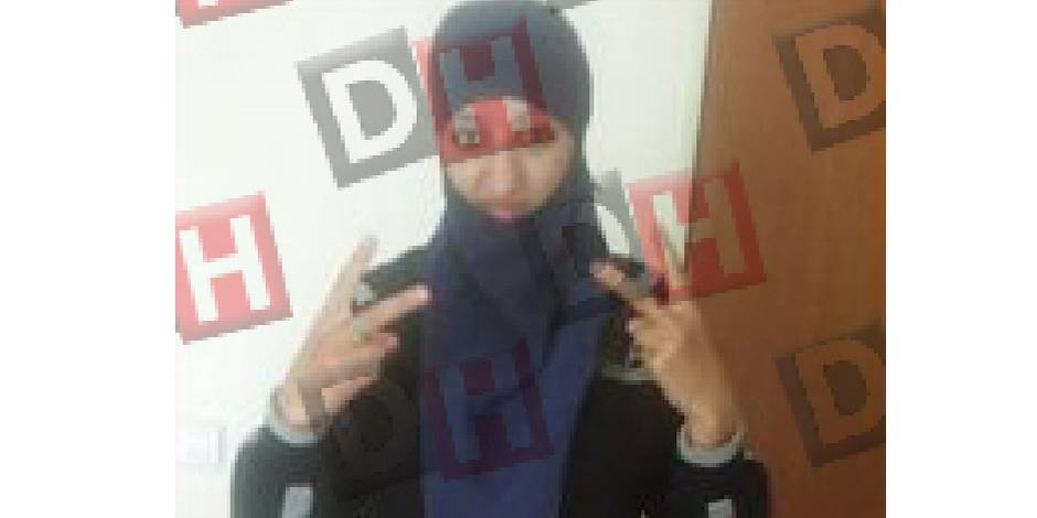 Assaut à Saint-Denis: voici Hasna Aitboulahcen, la cousine d'Abaaoud qui s'est fait exploser