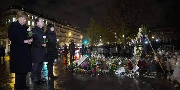 """Merkel promet d'agir """"vite"""" contre le terrorisme, en réponse à Hollande - La DH"""
