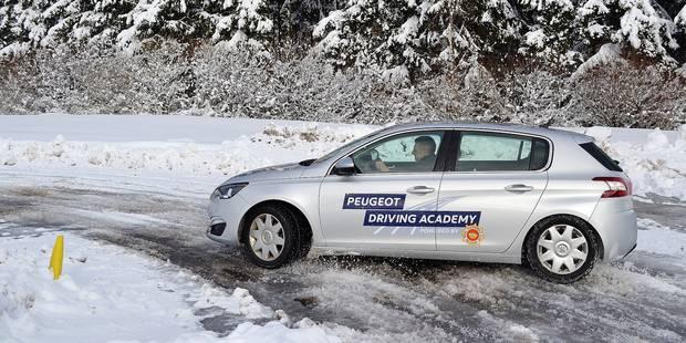 La conduite en hiver: nos conseils pratiques en cas de dérapage - La DH