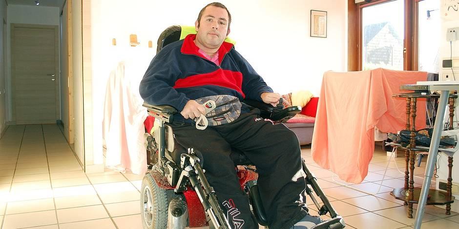 Louvain-La-Neuve: un tétraplégique à l'assaut des Vosges