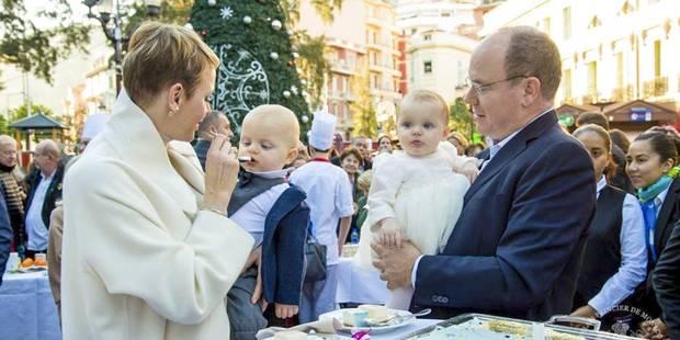 Il ne manquait plus que la photo des jumeaux de Monaco pour Noël - La DH